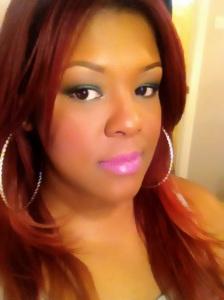 Pink lips Green eye smokey look