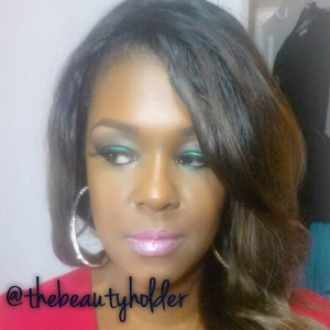 Green Glam with nude pink lip
