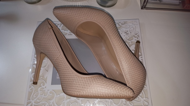 nude pumps new look